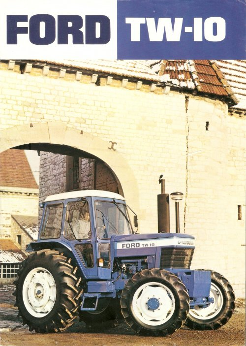 Ford TW 10 folder. Voorkant.. Geplaatst door Henk 1120 op 15-12-2016 om 22:38:42, op TractorFan.nl - de nummer 1 tractor foto website.
