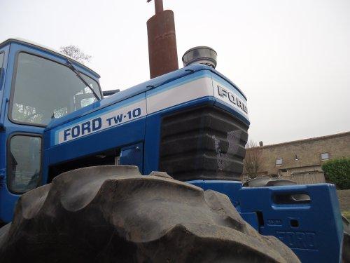 Foto van een Ford TW 10 , gisteren op visite geweest.. Geplaatst door mklok op 12-03-2017 om 10:47:05, met 3 reacties.