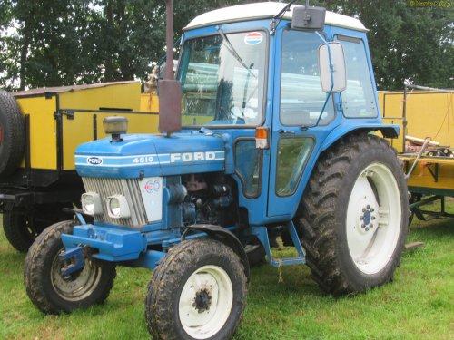 Foto van een Ford 4610  , oldtimerdag Onstwedde 26-08-2017. Geplaatst door oldtimergek op 27-08-2017 om 21:56:13, op TractorFan.nl - de nummer 1 tractor foto website.