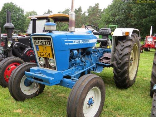 Foto van een Ford 4600  , oldtimer weekend schoonoord 2018 ( 9 en 10 juni ). Geplaatst door oldtimergek op 12-06-2018 om 12:18:17, op TractorFan.nl - de nummer 1 tractor foto website.