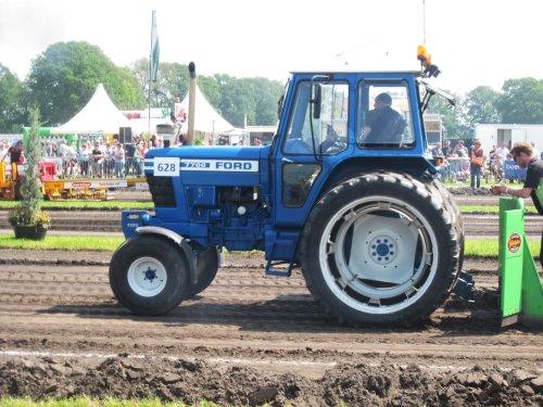 Foto van een Ford 7700. Geplaatst door jordi 1455 op 17-06-2018 om 22:30:24, op TractorFan.nl - de nummer 1 tractor foto website.
