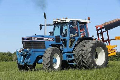 Ford 8730 van jcb416s