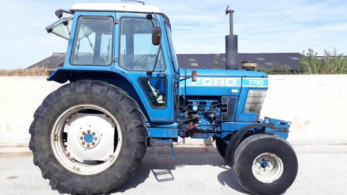 Ford 7710 van new holland koen