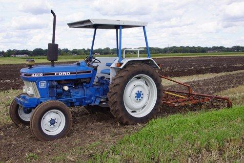 Foto van een Ford 4610. Geplaatst door jans-eising op 13-09-2018 om 21:28:14, op TractorFan.nl - de nummer 1 tractor foto website.