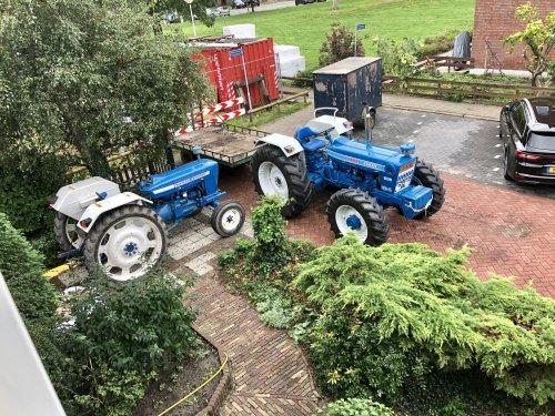 Foto van een Ford Meerdere, bij een vriend van mij in de tuin gewerkt. Geplaatst door theovl op 14-09-2018 om 08:53:51, met 2 reacties.