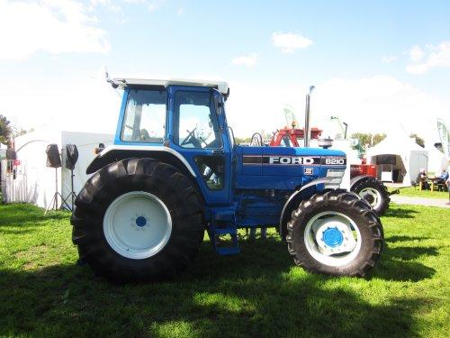 Ford 8210 van jordi 1455