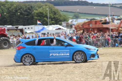 Foto van een Ford Fiesta, opgebouwd voor personenvervoer.. Geplaatst door Alex Miedema op 19-09-2018 om 11:56:25, op TractorFan.nl - de nummer 1 tractor foto website.