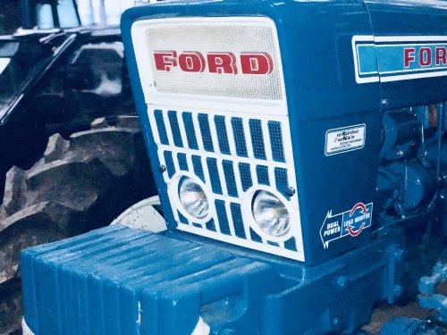 Ford 7000 van theovl