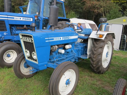 Foto van een Ford 3600   , Meddo 2018. Geplaatst door oldtimergek op 12-01-2019 om 11:40:52, op TractorFan.nl - de nummer 1 tractor foto website.