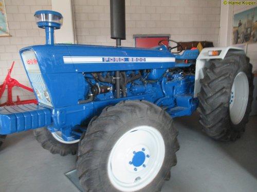 Foto van een Ford 6500. Geplaatst door oldtimergek op 11-10-2019 om 06:36:05, op TractorFan.nl - de nummer 1 tractor foto website.