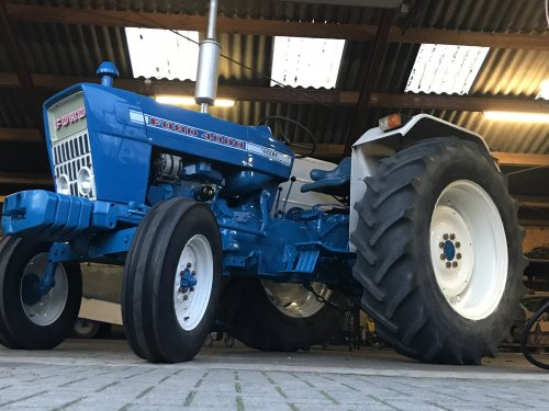 Ford 4000 van farmer103