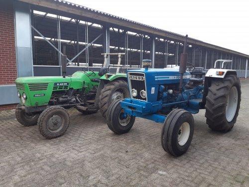 Foto van een Ford 5600. Even een vriend laten zien wat een echte tractor is😁. Geplaatst door new holland koen op 26-01-2020 om 11:17:49, met 19 reacties.