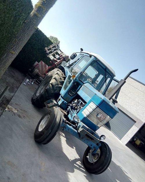 Foto van mijn Ford 6710 die bezig is aan het poseren. Geplaatst door Blue_and_Red-power op 21-03-2020 om 17:20:14, op TractorFan.nl - de nummer 1 tractor foto website.