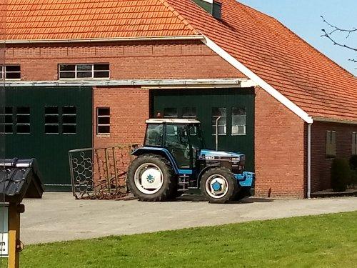 Foto van een Ford 7740. Geplaatst door MF 2725 op 08-04-2020 om 18:24:42, op TractorFan.nl - de nummer 1 tractor foto website.