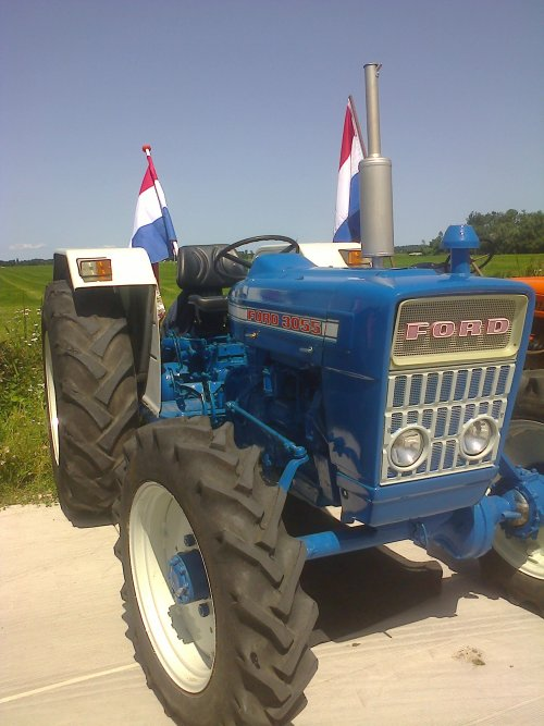 Ford 3055