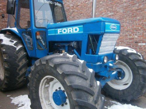 Ford 8200 van boerekebart