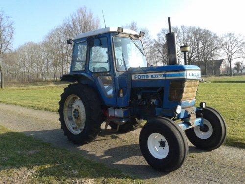 Ford 5700 van Jonkman