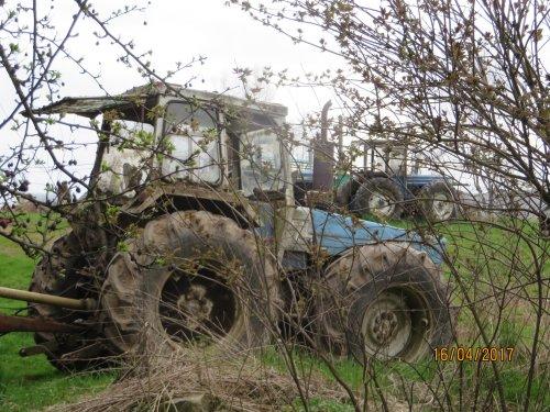 Foto van een Fordson county. Geplaatst door argenterio op 21-04-2017 om 12:54:25, op TractorFan.nl - de nummer 1 tractor foto website.