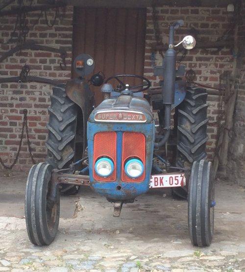 Fordson Super Dexta van Towaberg