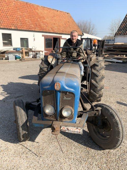 .. Geplaatst door lorenzo van vooren op 04-05-2020 om 23:05:19, op TractorFan.nl - de nummer 1 tractor foto website.