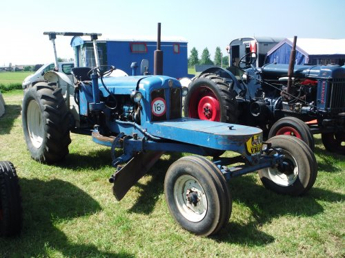 Fordson Major Grader Wallpaper