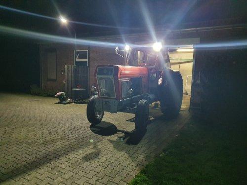 Foto van een Fortschritt ZT 300. Geplaatst door FONHOF op 03-10-2019 om 20:55:18, op TractorFan.nl - de nummer 1 tractor foto website.