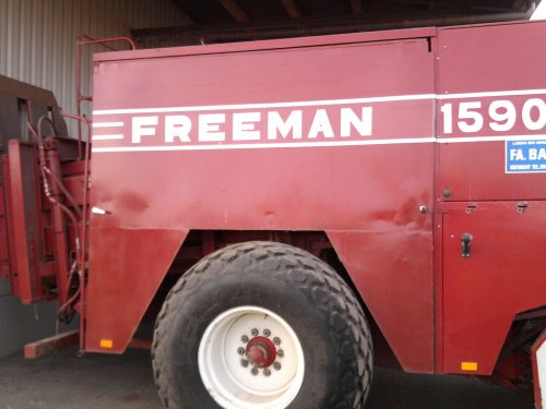 Freeman 1590 van _-_Bluepower_-_