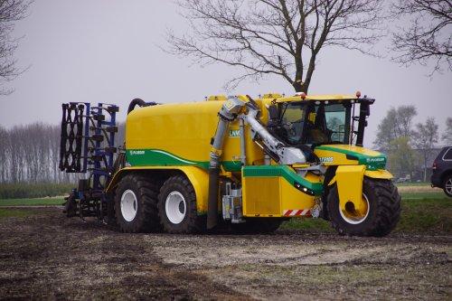 Foto van een Ploeger AT5105 (overige zelfrijders). Geplaatst door jans-eising op 12-05-2019 om 19:55:29, op TractorFan.nl - de nummer 1 tractor foto website.