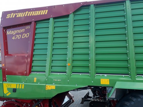 Foto van een Strautmann Magnon (voederwinning) de nieuwe strautmann wagen met 30,5 inch banden af fabriek leverbaar, Ongestuurde pick-up 2.25m, +/- 47 kuub, 48 messen en de Introductiedatum is waarschijnlijk november 2019
