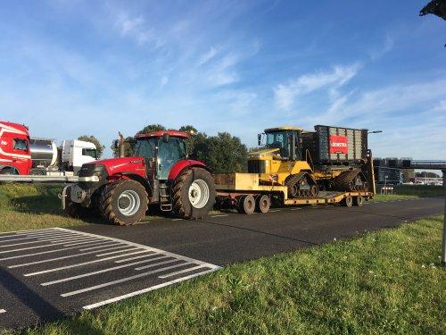 Foto van een Terra Gator 2104 (overige zelfrijders) serieus materiaal. Geplaatst door jd fan keiendorp op 06-12-2019 om 08:18:18, op TractorFan.nl - de nummer 1 tractor foto website.