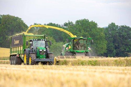 John Deere 9700i (2021). Geplaatst door FerreV op 11-07-2021 om 21:45:31, op TractorFan.nl - de nummer 1 tractor foto website.