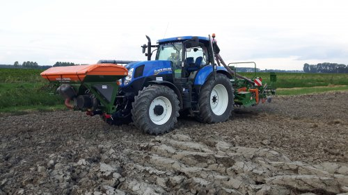 New Holland T 7.170 van deutz8006