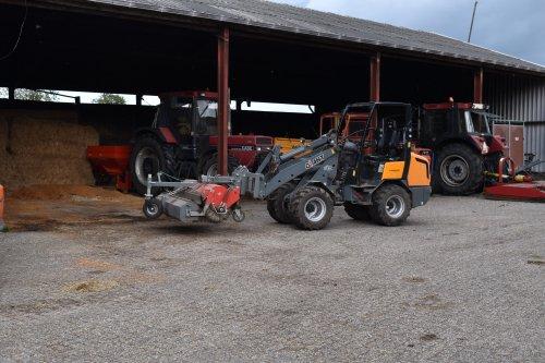 Foto van een Giant V452T. Geplaatst door jordi 1455 op 18-10-2019 om 18:41:27, op TractorFan.nl - de nummer 1 tractor foto website.