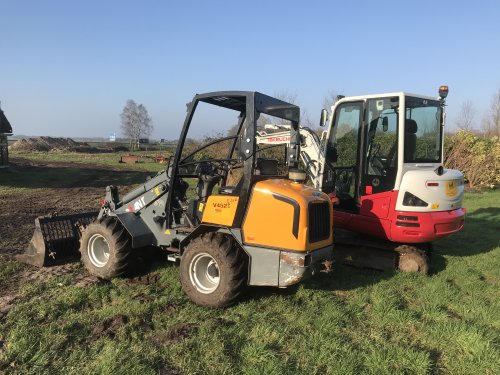 Foto van een Giant V452T Extra. JCB 403 ingeruild op deze.. Geplaatst door Fast Eddy op 07-02-2020 om 20:34:53, op TractorFan.nl - de nummer 1 tractor foto website.