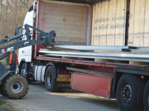 Foto van een Giant 452T, bezig met kilveren.. Geplaatst door giant-kevin-jd op 19-01-2014 om 20:43:47, op TractorFan.nl - de nummer 1 tractor foto website.