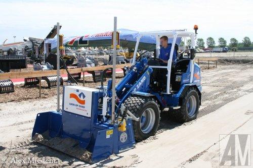 Foto van een Giant V6004T, bezig met kilveren.  Mijn verslag van de TKD kun je vinden op http://alexmiedema.nl/2014/05/22/tkd-2014/ , alle trucks, trailers en busjes staan op http://www.truckfan.nl/agenda/30/tkd-2014/