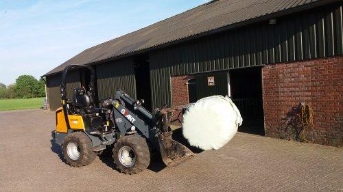 Foto van een Giant D337t. Geplaatst door Niehofgijs op 15-05-2016 om 15:33:46, op TractorFan.nl - de nummer 1 tractor foto website.