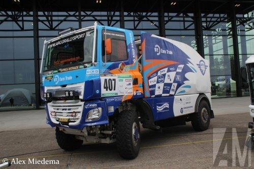 Stichting Arco Rallysport (Poortugaal) × op de foto met een GINAF X2222, opgebouwd als rallytruck.. Geplaatst door Alex Miedema op 06-06-2019 om 12:53:39, op TractorFan.nl - de nummer 1 tractor foto website.
