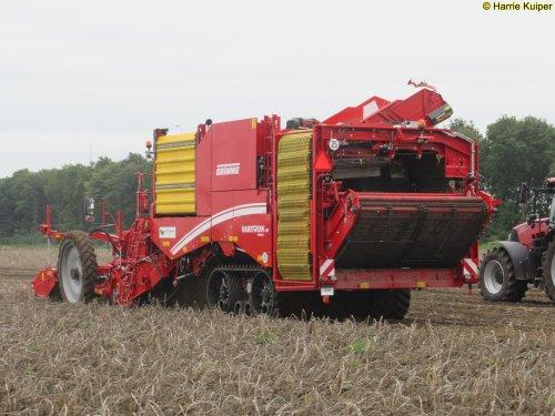 Foto van een Grimme Varitron 470 Grimme hutspot dag Lelystad ( 11-09-2019 ). Geplaatst door oldtimergek op 30-10-2019 om 11:05:08, op TractorFan.nl - de nummer 1 tractor foto website.