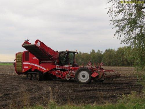 Foto van een Grimme Varitron 470. Geplaatst door oldtimergek op 22-11-2019 om 10:49:45, op TractorFan.nl - de nummer 1 tractor foto website.