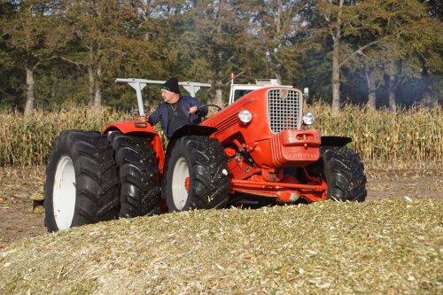 Foto van een Guldner G75. Geplaatst door jans-eising op 06-11-2018 om 20:40:54, op TractorFan.nl - de nummer 1 tractor foto website.