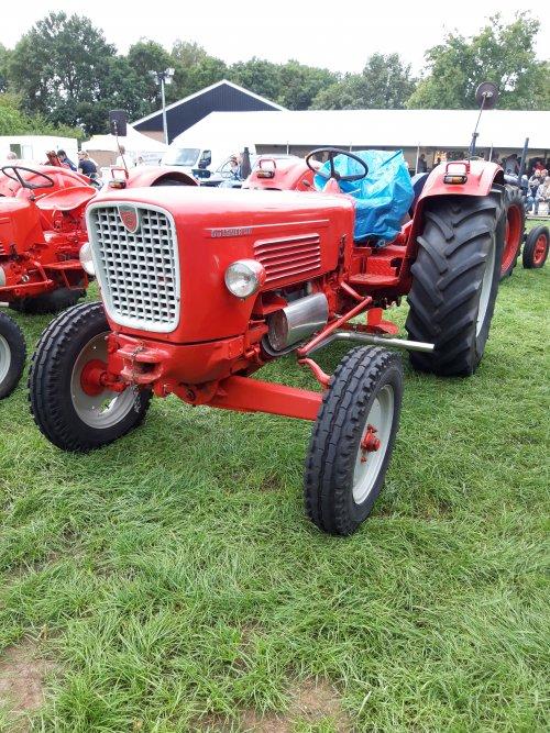Foto van een Guldner G75. Geplaatst door holderb51 op 13-10-2019 om 17:15:59, op TractorFan.nl - de nummer 1 tractor foto website.