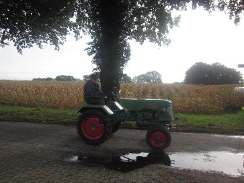 Foto van een Guldner AKZ. Henk op Bartje.. Geplaatst door jordi 1455 op 18-10-2011 om 21:28:09, met 2 reacties.