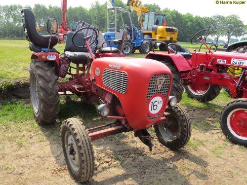 Foto van een Guldner Spessart  , oldtimerdag De Krim 2016. Geplaatst door oldtimergek op 30-06-2016 om 21:47:19, op TractorFan.nl - de nummer 1 tractor foto website.