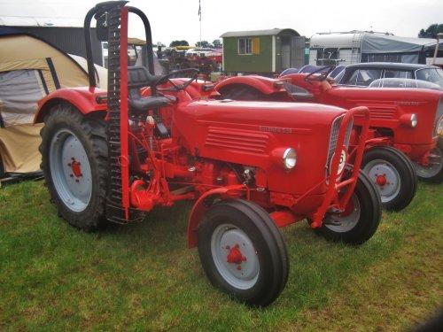 Foto van een Guldner G30. Geplaatst door jordi 1455 op 25-09-2016 om 23:18:56, op TractorFan.nl - de nummer 1 tractor foto website.