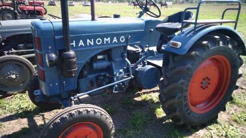 Hanomag R45 ??. Geplaatst door Minitauro op 25-08-2019 om 20:19:34, op TractorFan.nl - de nummer 1 tractor foto website.