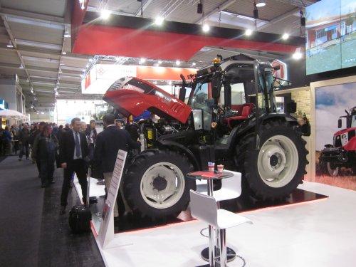 Foto van een Hattat 398 T 4110. Geplaatst door jordi 1455 op 23-01-2018 om 23:32:53, op TractorFan.nl - de nummer 1 tractor foto website.