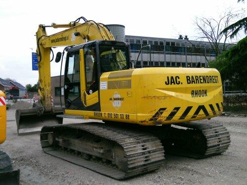 Hitachi Zaxis 180 LC van Jan F