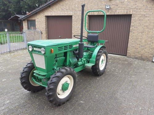 En alweer een  op verzoek van de RDW op de foto. Geplaatst door AG35 op 10-04-2021 om 21:52:20, op TractorFan.nl - de nummer 1 tractor foto website.