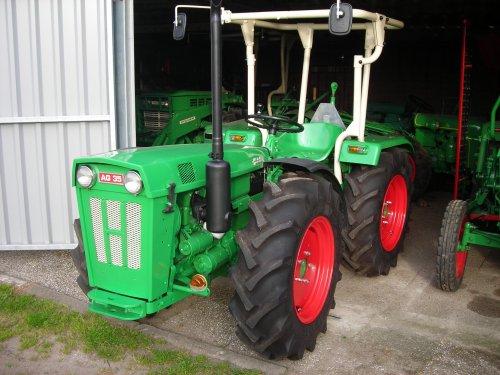 Holder AG 35 van AG35